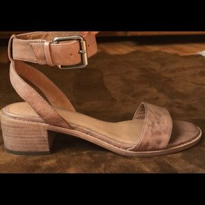 Frye sandals new